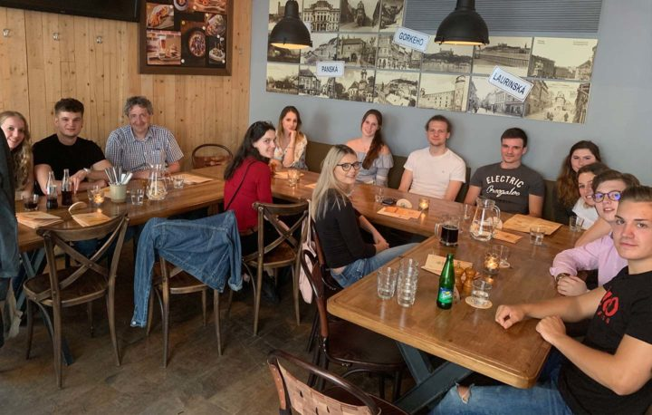 Aufnahmetest Abendessen - Medizinstudium an der Comenius Universität in Bratislava.